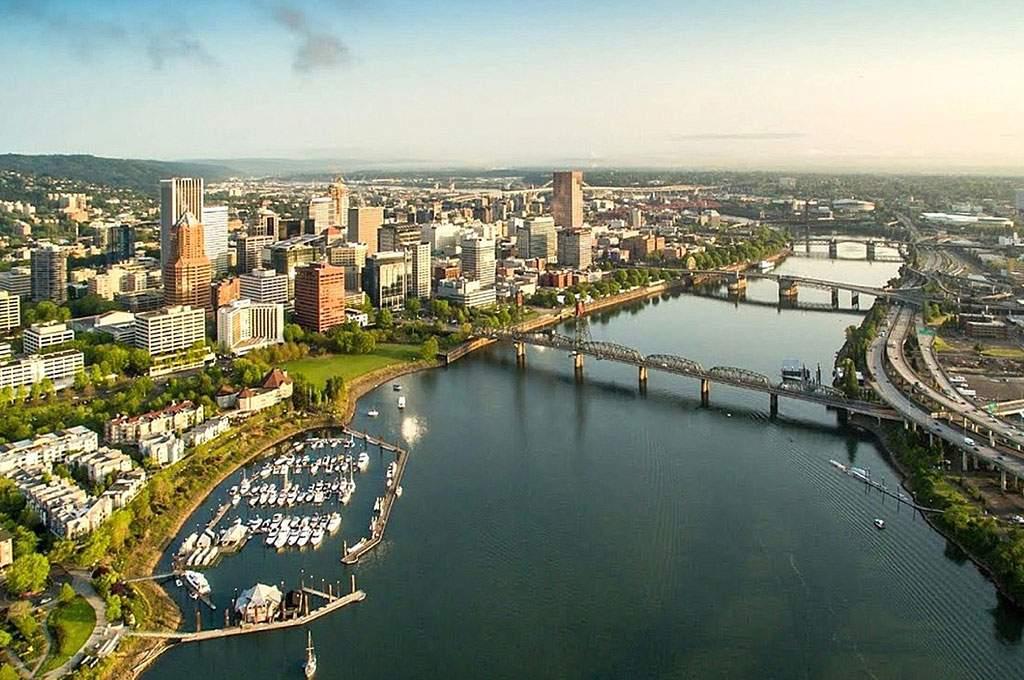 Multnomah_Portland-Bridges_1024x680