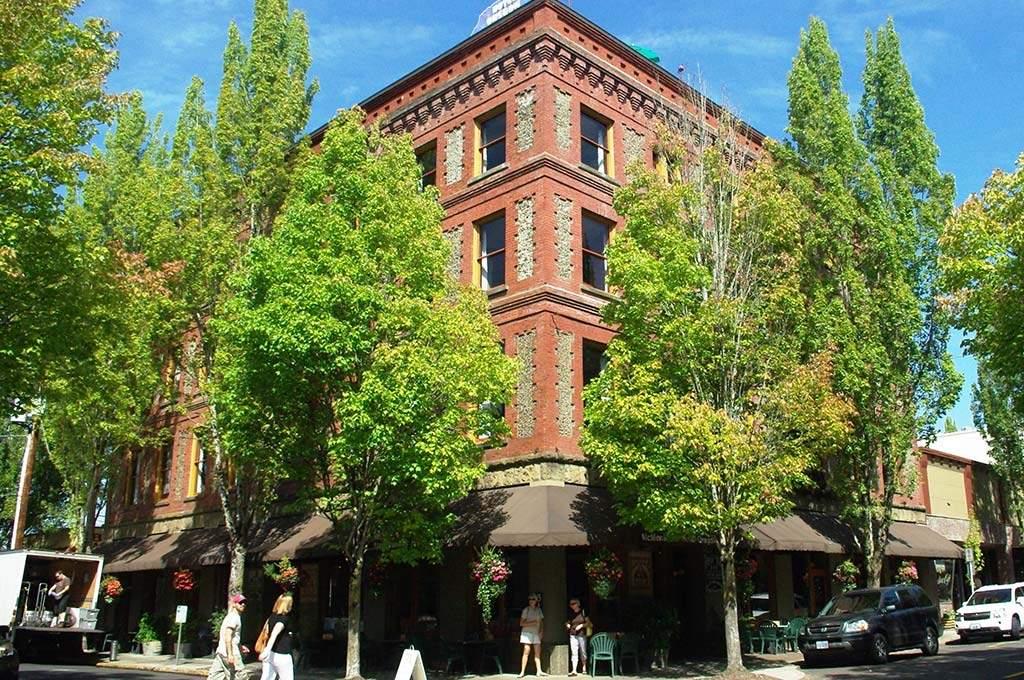 Hotel_Oregon_McMinnville_Oregon_1024x680
