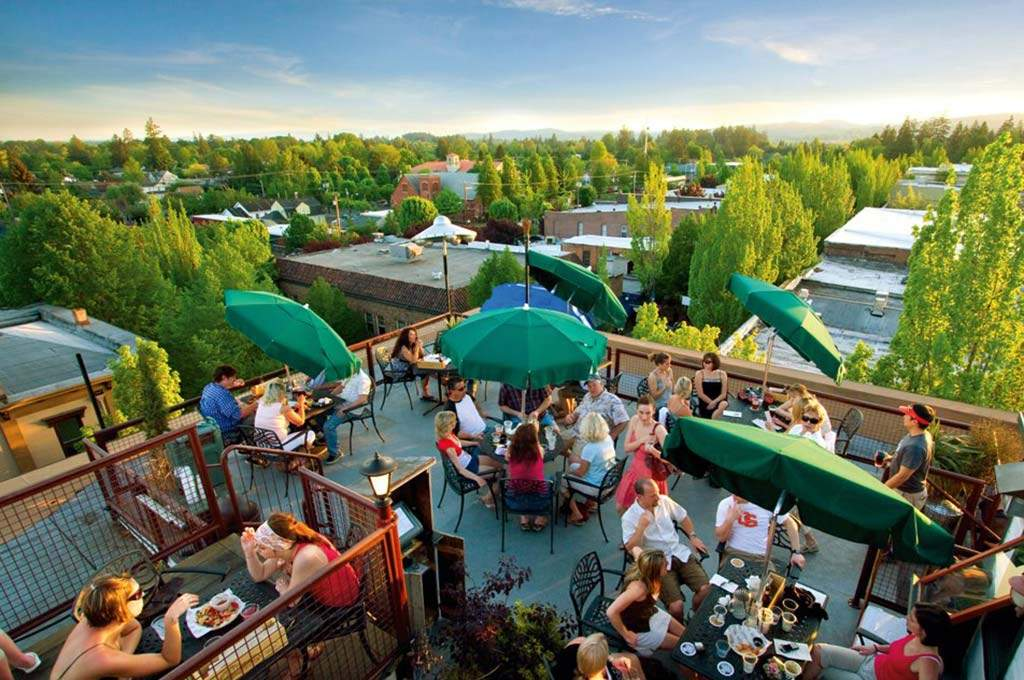 Yamhill-County-Downtown-McMinnville-Rooftop-Dining_1024x680